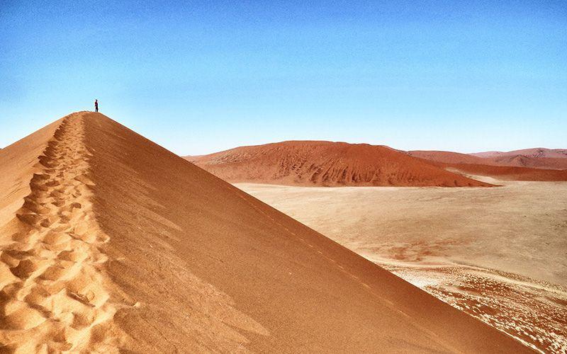 viajar-namibia-huellas